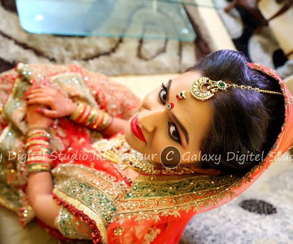 Get Swank Photographs with Best Photographer